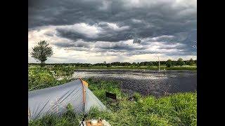 Рыбалка с Ночёвкой на Диком Озере в Забытой Деревне Шторм и Сила Стихии Поломка Машины