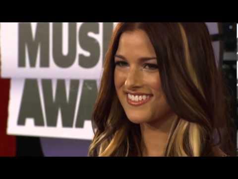 Cassadee Pope, CMT Music Awards