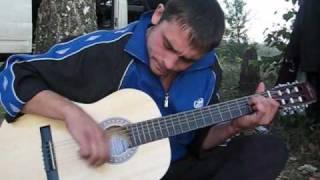 Груз 200 на гитаре.(, 2009-12-21T17:37:14.000Z)