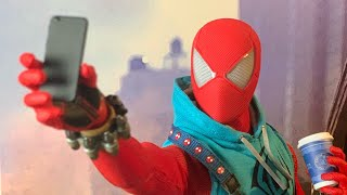 Spider-Man PS4 Hot Toys Scarlet Spider 1/6 Scale Figure Unboxing & Review!