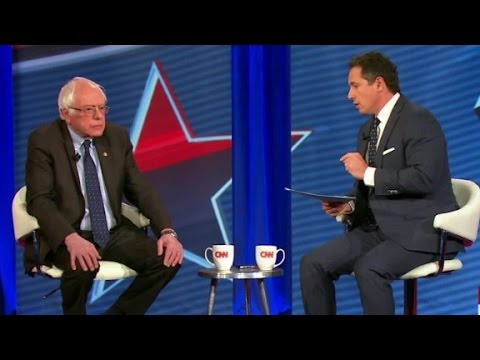 Sanders: I agree with US intel on Russian hack