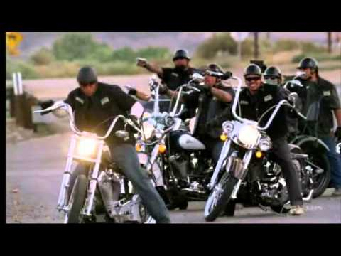 Sons of Anarchy - season 1 - gunfight