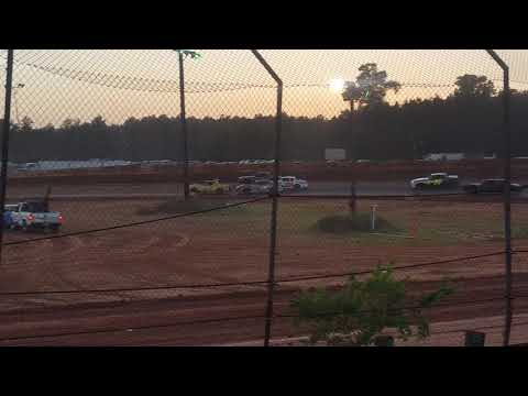 Factory Stock Heat Race @ 105 Speedway 6-16-18