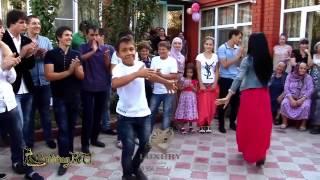 Супер танцы на свадьбе в Чечне  Зажигательная лезгинка