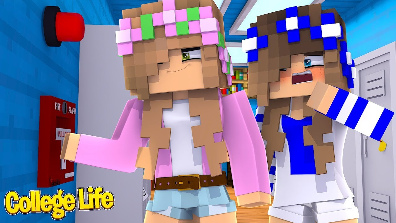 pulling-a-prank-on-the-whole-college-minecraft-little-kelly