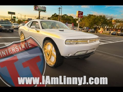 Linny J Pearl White Dodge Challenger On Gold Dub 32 S