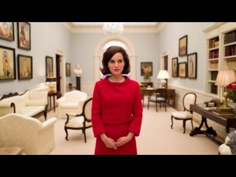 Natalie Portman Looks Almost Identical to Jackie Kennedy ...