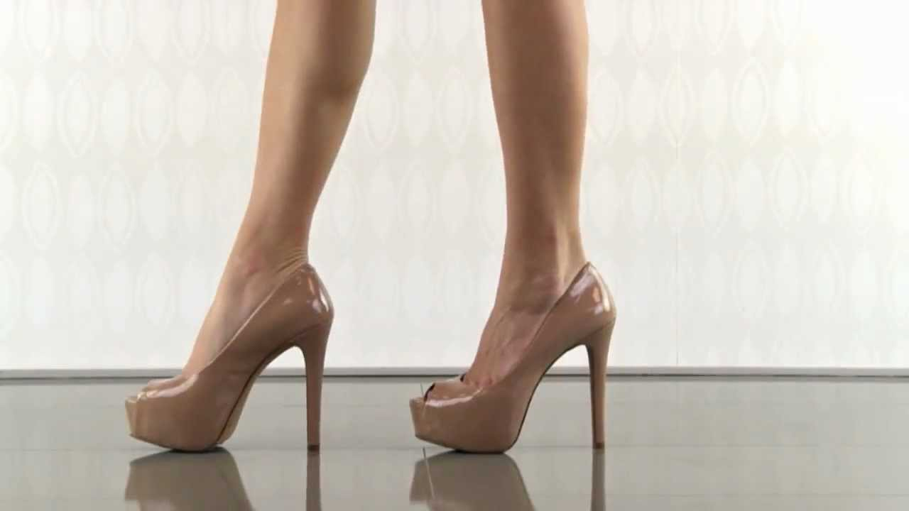 bed566115f Carri in Nude Patent Jessica Simpson - YouTube