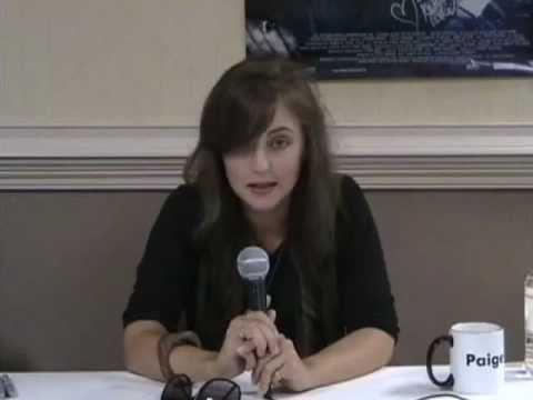 Katharine Isabelle MM13 - YouTube
