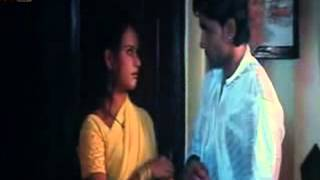 Repeat youtube video hot indian smooch :) from B grade hindi movie