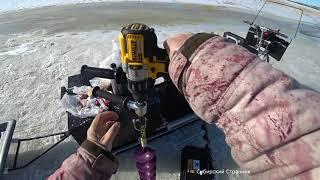 Один за одним Оторвались на рыбалке Закрыли зимний сезон