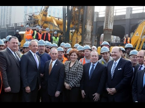 Mayor Bloomberg Breaks Ground on 26-Acre Development at Hudson Yards