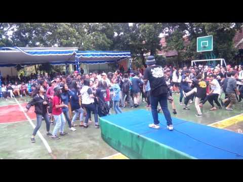 Shaggy And Scooby SKA #PENSI at SMPN 7 Malang