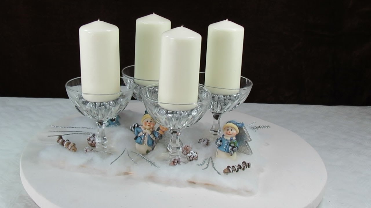 Winter dekoration adventsgesteck adventskranz mit for Adventskranz selber machen youtube