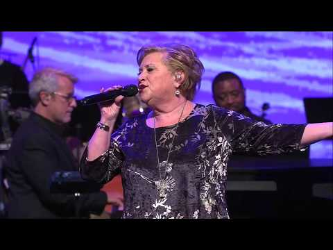 Sandi Patty - Crown Him With Many Crowns/All Hail The Power - Live 2018!