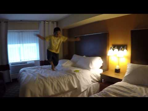 FOUR POINTS BY SHERATON Room Review/Ontario, Canada
