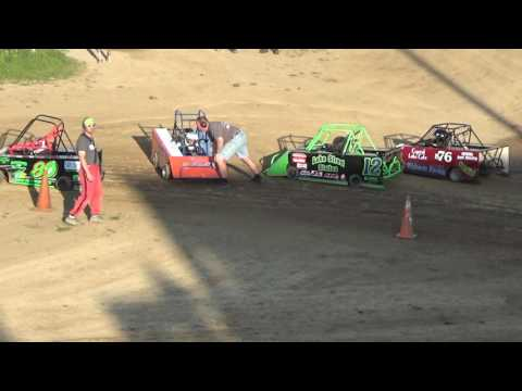 3. Mini Wedge Heat race #1 at Crystal Motor Speedway on 05-28-17.