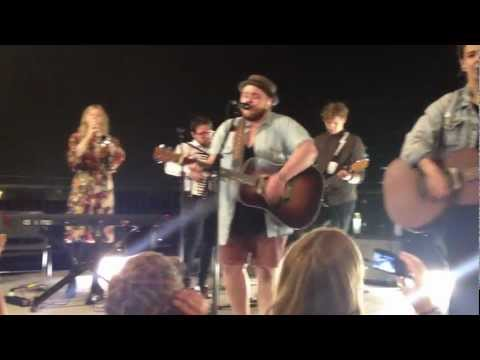 Of Monsters and Men - Little Talks - Special at F.biz (Sao Paulo - Brazil)
