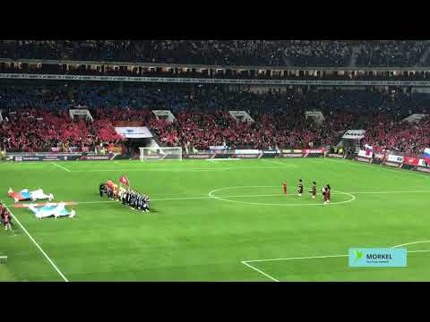 Футбол. Россия - Шотландия. Атмосфера матча на стадионе Лужники