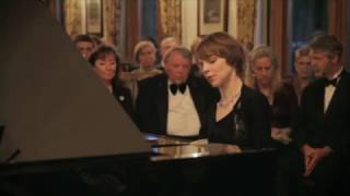 "Mozart: Variations on ""Ah vous dirai-je, Maman,"" K. 265/300e; Magdalena Baczewska, piano"