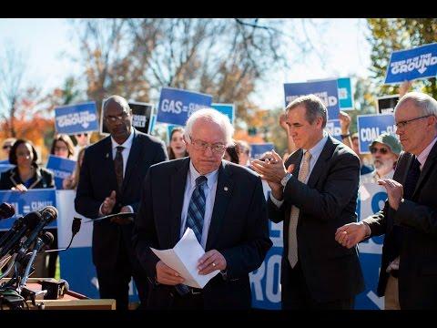 Senator Jeff Merkley Endorses Bernie Sanders!