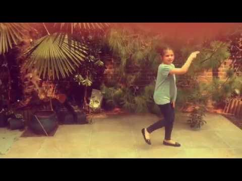 Sorry by Justin bieber(8 year old girl dancing)