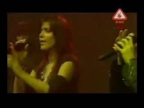 Hadiqa Kiani and Irfan Khan sing Janan LIVE at AAG ALIVE!