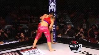 XFC na RedeTV!: Sofia Bagherdai massacra Sarah Maloy em luta feminina