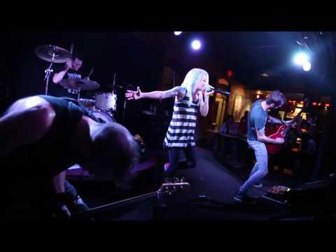 Lacey Sturm Live Musica Akron, Ohio 1080p HD Forever Kari Jobe Cover (Flyleaf) 8-6-2016