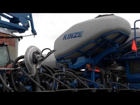 Nebraska Farmer Likes His Planters Built Rugged