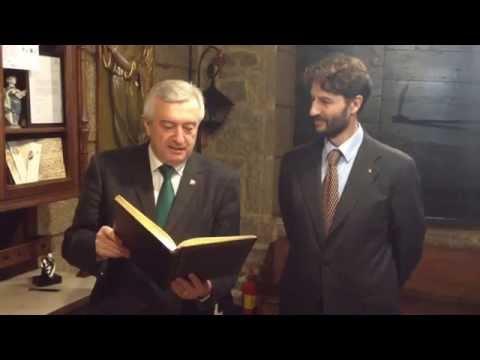O reitor da Universidade de Santiago de Compostela visita o Museo Casa da Troia