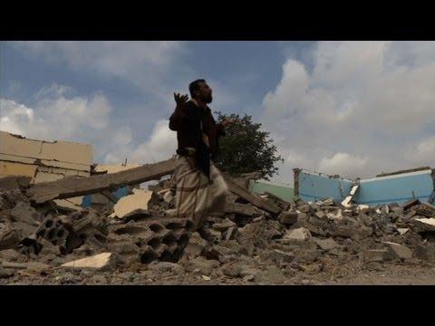 Yemen's Zinjibar free of Qaeda but insecurity rules