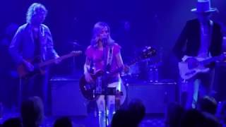 Sheryl Crow - Halfway There (Live From The Troubadour)