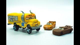 CRASH & SMASH Cars 3 Thunder Hollow CRAZY 8 Race Demolition Derby MISS FRITTER