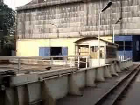 Nhà máy cơ khí xe lửa Gia Lâm 271107