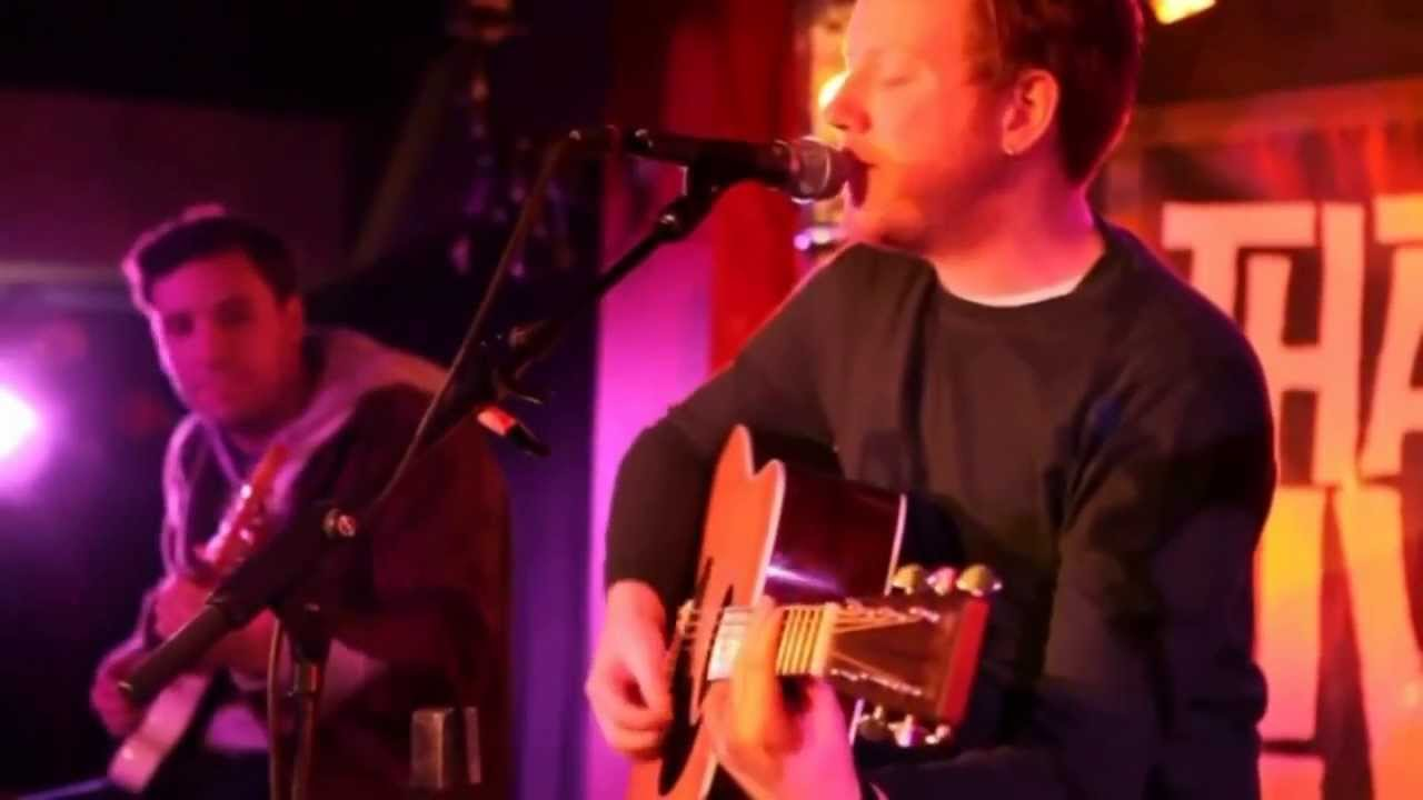 Two Door Cinema Club - Sun (Acoustic That's Live) - YouTube