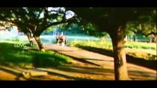 Oru Mullai Poo -  Sathyaraj, Radhika -  Thaai Naadu - Tamil Classic Song