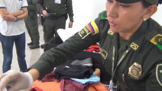 VIDEO Mexicanos capturados con cocaína en sus equipajes en aeropuerto de Cartagena