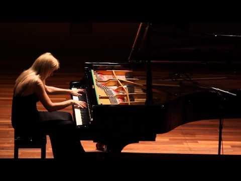 Valentina Lisitsa plays Liszt's Hungarian Rhapsody No. 2