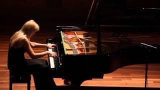 Repeat youtube video Valentina Lisitsa plays Liszt's Hungarian Rhapsody No. 2