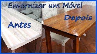 Veja como aplicar verniz em portas e móveis de madeira