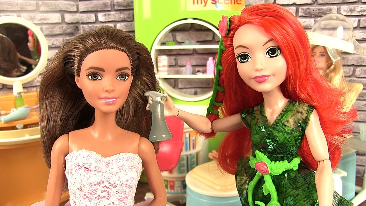 Barbie episode salon de beaut spa avec poison ivy youtube for Salon de coiffure barbie