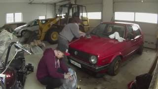 RESTORE OLD CARPAINT YOURSELF. Red bagged Golf mk2 gets new shine.