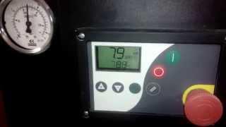 Винтовой компрессор Вітер с ременным приводом(Винтовой компрессор по доступной цене. Привод компрессор - ременной. Автоматический контроллер - Airmaster..., 2014-07-08T12:54:24.000Z)