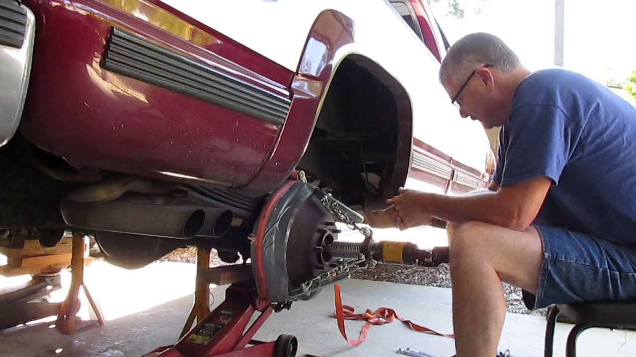 Removing a Stubborn Brake Drum from a 1995 Chevy K-2500 8600 GVW Pick-up