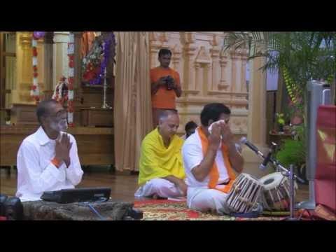 Bhajan: Nāv Cal Paḍī - July 29 2016 PM