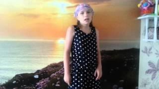 ♥Шестое видео на канале♥//♥Как сделать кровать для кукол!?♥(Всем привет! Меня зовут Лерочка и вы находитесь на моём канале. В этом видео я спрашиваю вас, как сделать..., 2015-07-02T09:19:43.000Z)