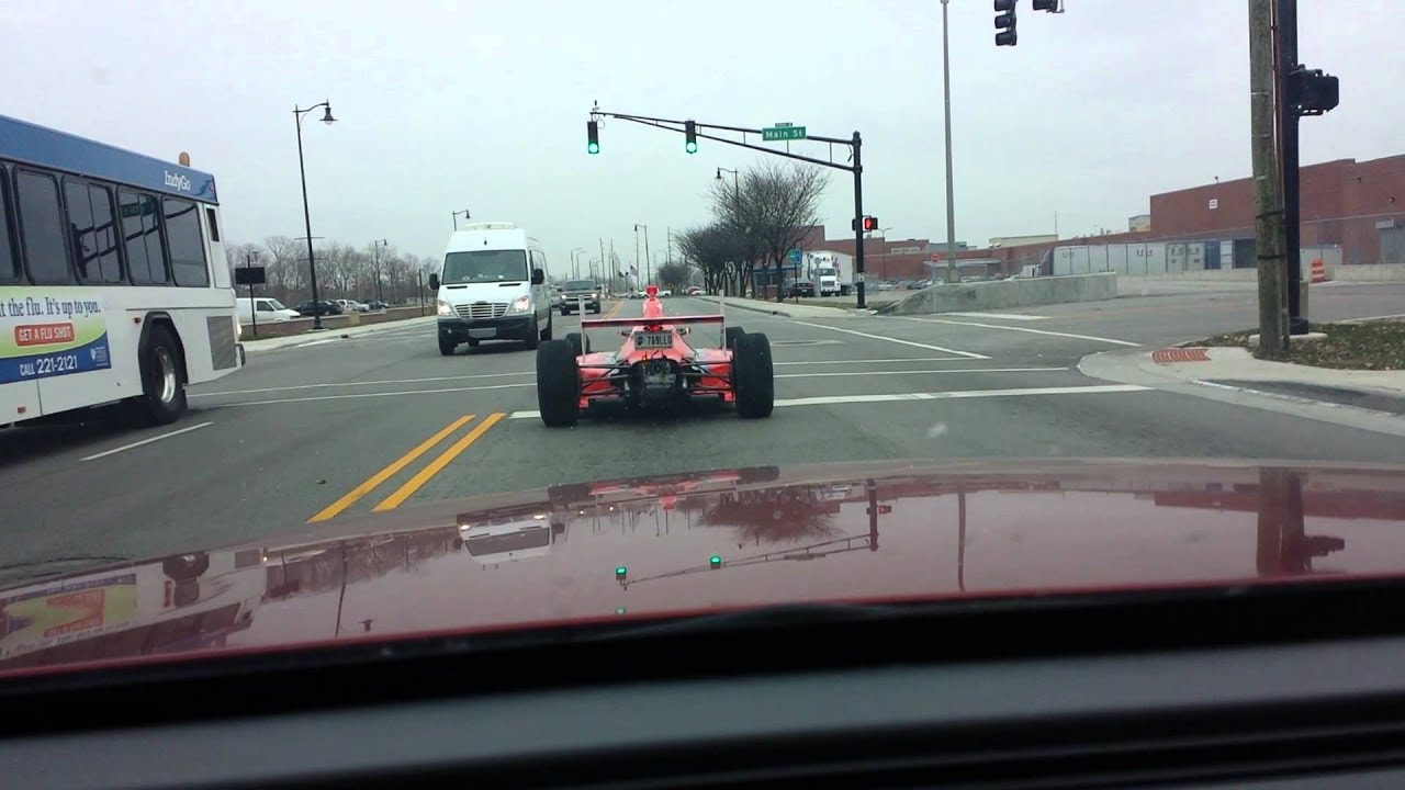 Indy car on the street in Indianapolis - YouTube