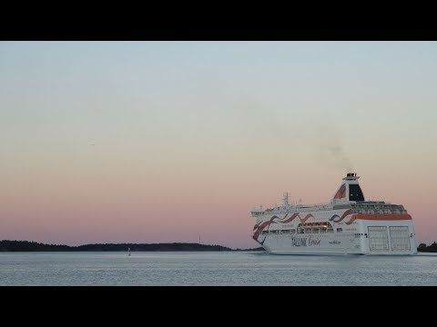 Early Mariehamn Timelapse (Silja Serenade, Gabriella and Baltic Queen)