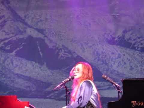 Tori Amos Amsterdam 2017 Upside down 2